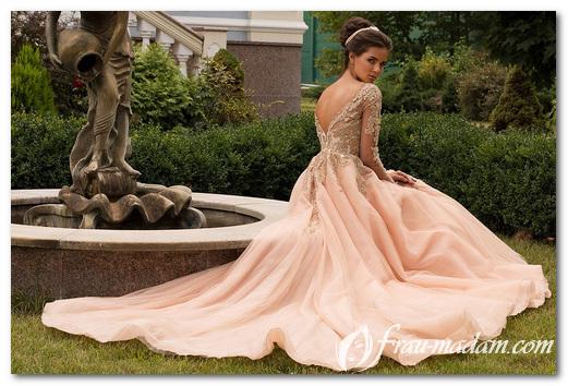 Какие выпускные платья самые модные в 2017 году?