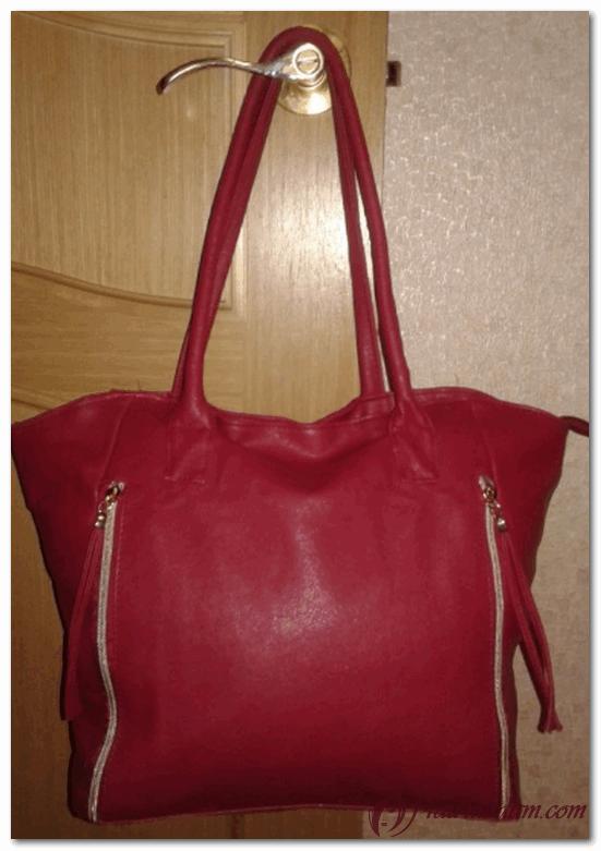 красная дамская сумочка пьер рико