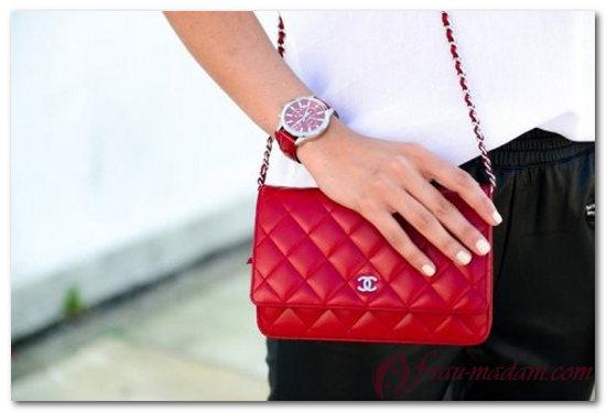 красная сумка шанель