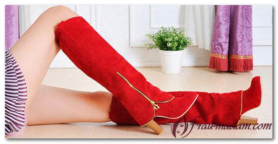с чем носить красные замшевые сапоги
