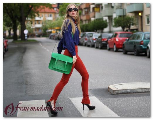 Женские красные джинсы: с чем носить, фото образов