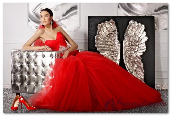 красные свадебные платья 2017