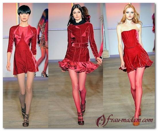 красное бархатное платье фото