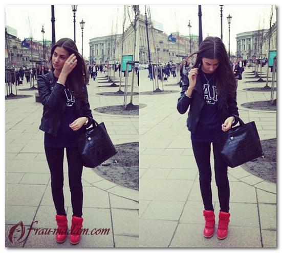 красные высокие кроссовки