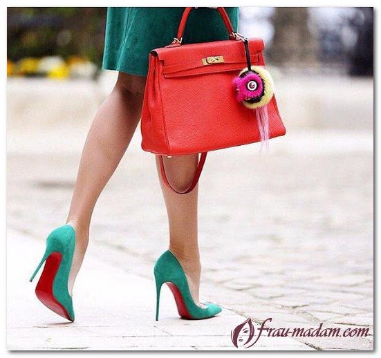 обувь с красной подошвой