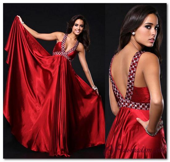 красное платье с открытыми плечами фото