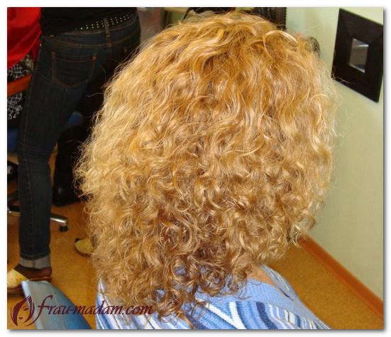 Как делается долговременная завивка волос