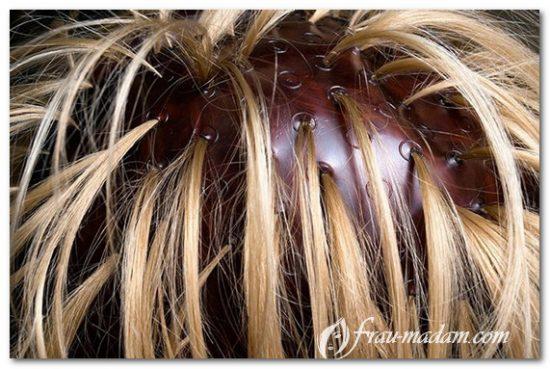 мелирование кудрявых волос