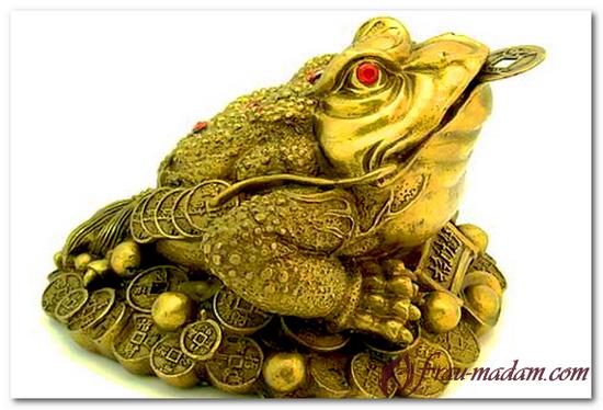 денежная жаба с монеткой