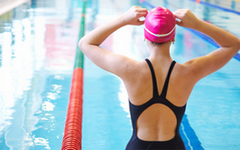 как плавать с пользой для позвоночника